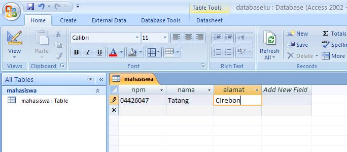 Retrieve Get data from SQL Server database and display